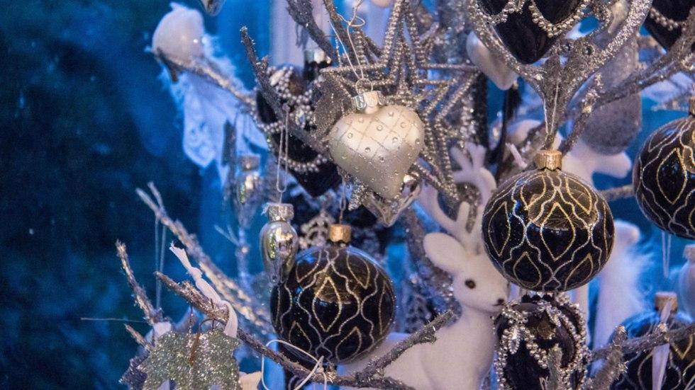ornaments.001